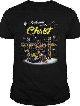 Christmas Begins With Michigan Wolverines shirt