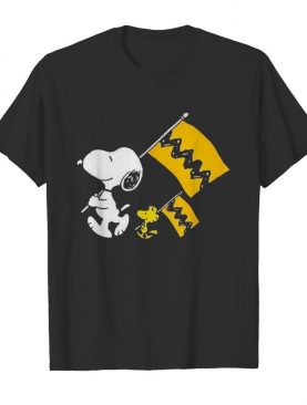 Snoopy and woodstock holding flag shirt